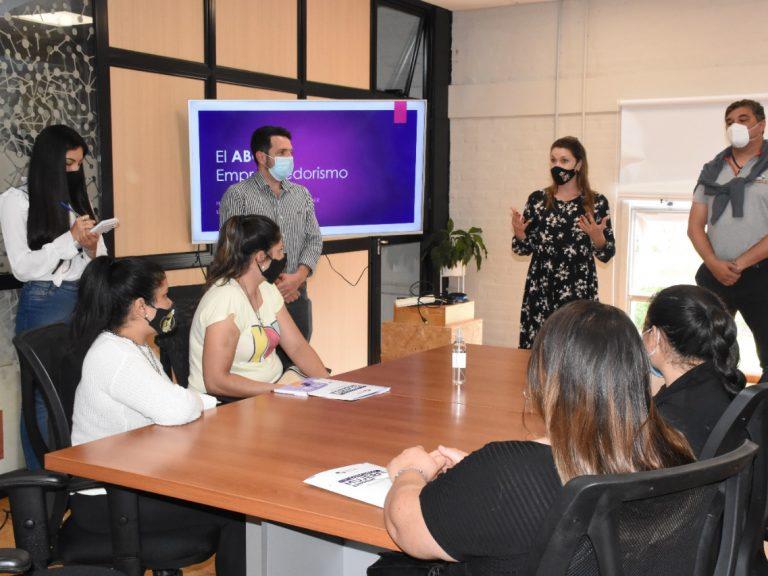 """Concurso """"Mujeres emprendedoras"""" en Avellaneda: Comenzaron los cursos de capacitación para las iniciativas seleccionadas"""